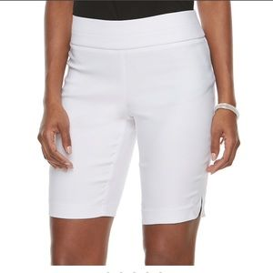 APT. 9 Brynn Mid Rise White Pull-On Bermuda Shorts